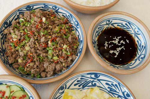 Japansk färs med asiatisk gurka